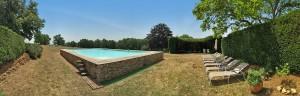 chateau-la-bourgonie-parc-piscine